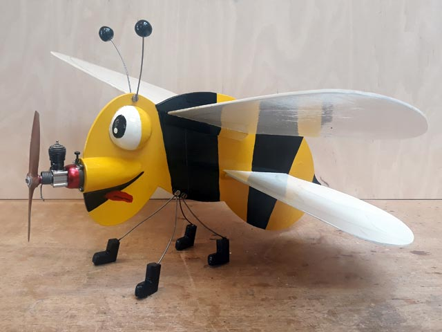 Bumble Bee - completed model photo