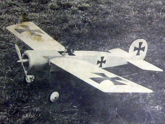 Fokker Eindecker - completed model photo