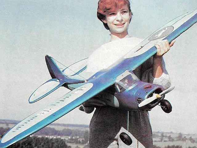 Lady Eowyn (oz10863) by Peter Miller from RC Model World 1985