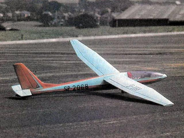 SZD Zefir II (oz10886) by Keith Humber from RC Model World 1984