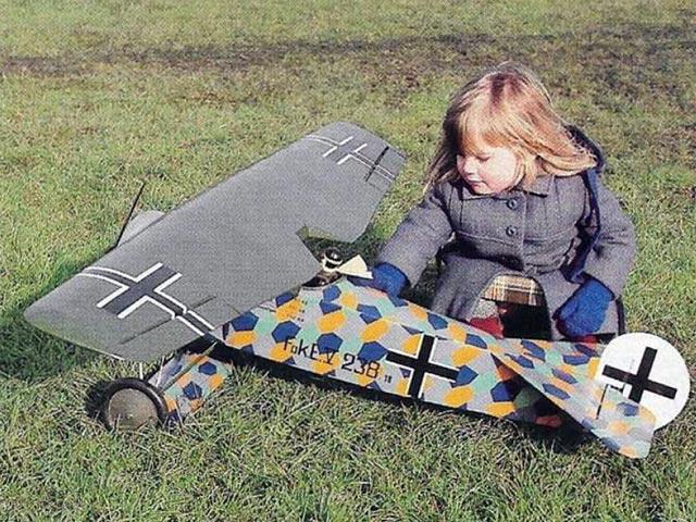 Fokker EV (oz10891) by Walt Musciano from Model Airplane News 1985