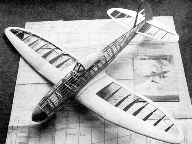 Fighter Glider (oz1138) by F Lt from Aeromodeller 1944