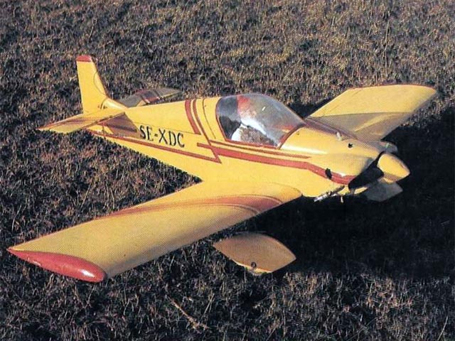 Brugger Colibri (oz11707) by Peter Miller from RC Model World 1986