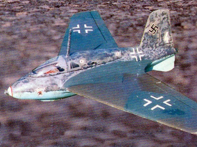 Messerschmitt Me 163b Komet (oz11779) by Keith Humber from AMI 1997