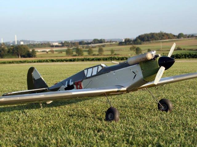 Messerschmitt Me 109 (oz11924) by Dieter Schlueter from Alexander Engel 1975