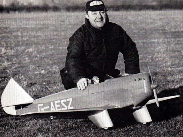 Chilton DW-1 (oz12359) by Dennis Tapsfield from Model Airplane News 1983