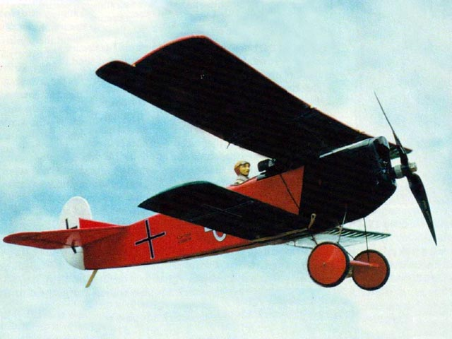 Fokker DVII (oz12431) by Simon Nelson from Electric Flight International 2002