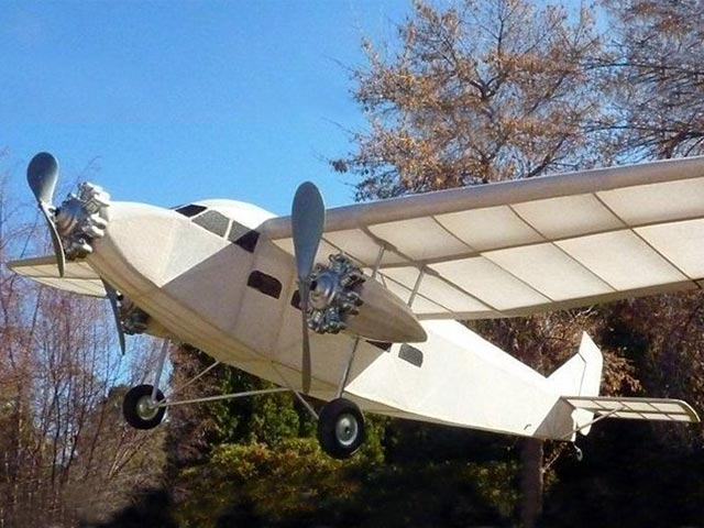 Ford Trimotor - 12932