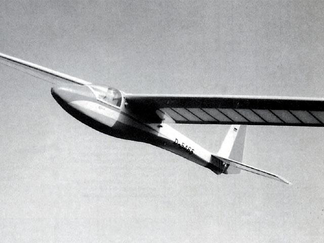 ASK 18 Mini (oz13350) by Hans-Peter Waldmann from FMT 1993