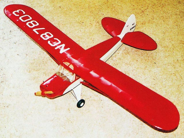 Piper Super Cruiser 40 - completed model photo