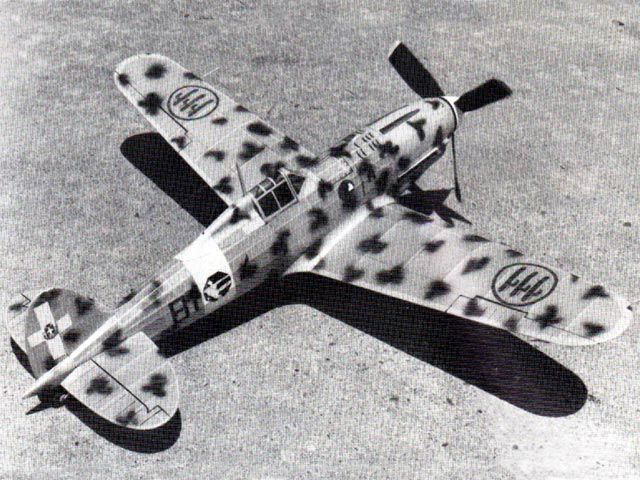 Macchi 202 Folgore (oz1417) by Mike Midkiff from Flying Models  1986