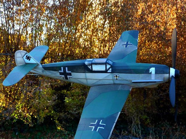 Messerschmitt Me 109 (oz145) from Comet