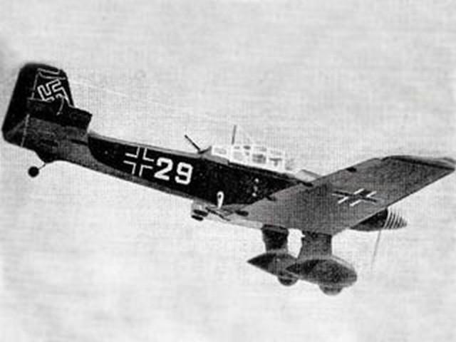 Junkers Ju 87D Stuka (oz20) by Fujio Arigaya from Aeromodeller 1965