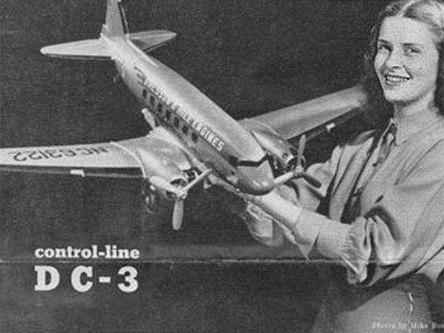 Douglas DC-3 - completed model photo