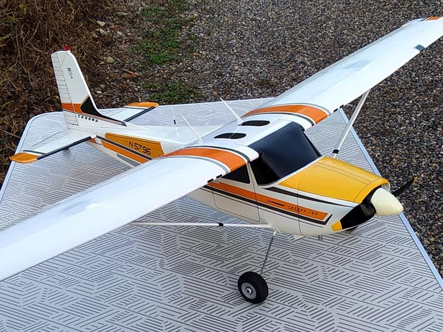 Cessna 180 - completed model photo