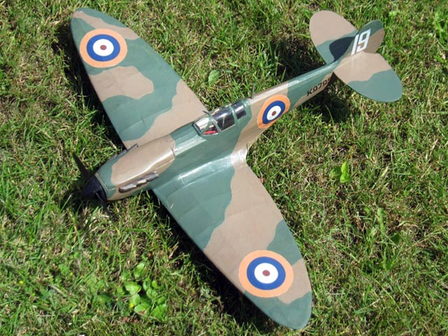 Spitfire I (oz2460) by Doug McHard from Flying Scale Models of WWII 1974