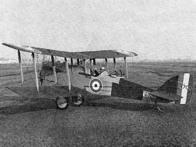 DH9a - completed model photo