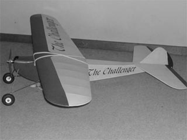 Challenger (oz2599) by HA Thomas from Model Builder 1979