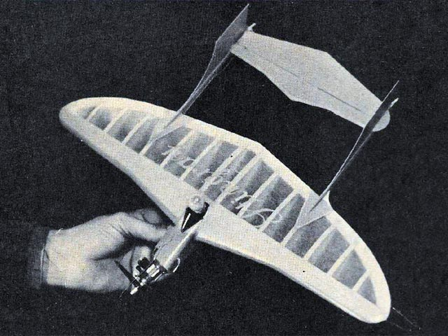 Lil Stingray   (oz28) by Harold Price from American Modeler 1964