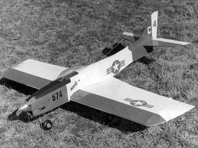 Contender (oz3281) by Dave Platt from Top Flite 1969