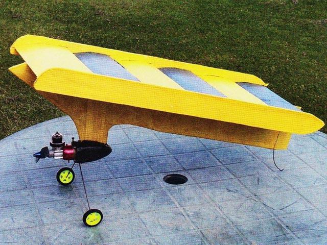 Flying Washboard (oz3415) by Hermann Kayser from Aeromodeller 1965