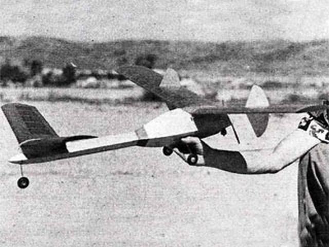 Fatso (oz3481) by Lloyd Hunt from Flying Models 1954