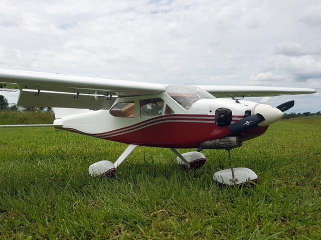 Cessna 177 Cardinal (oz3706) by Nicolas Monteagudo from RC Model