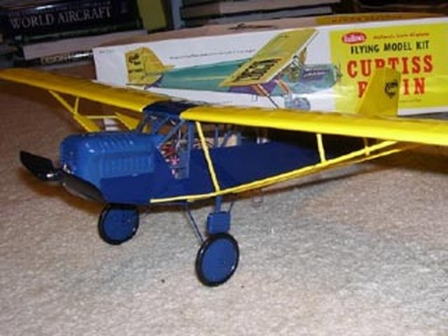 Curtiss Robin (oz4126) from Guillows 1965
