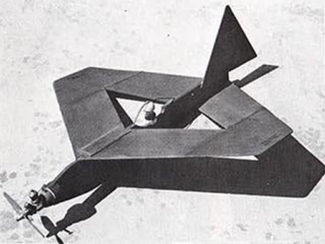 Flying Diamond (oz4453) by Ken Willard from Model Builder 1976