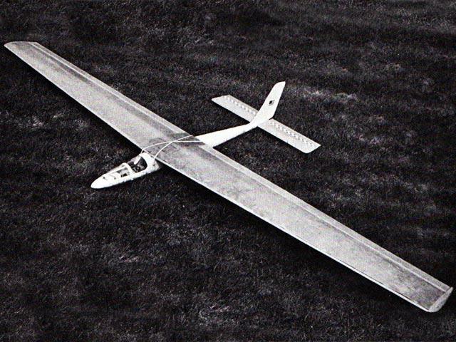 Top Slider (oz4616) by Ken Willard from Model Builder 1975