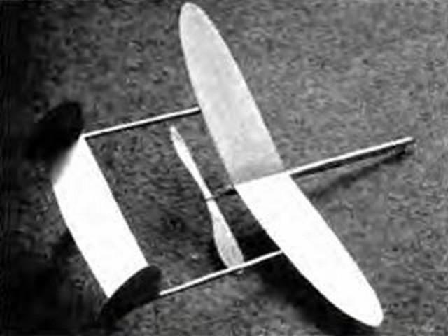 Vampire (oz4866) by Bill Dean from Model Aircraft 1946