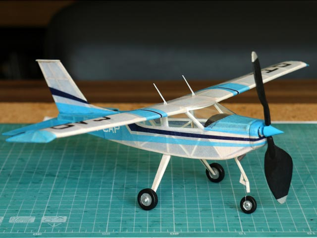 Cessna Cardinal (oz5267) by Nick Decarlis from Model Builder 1980