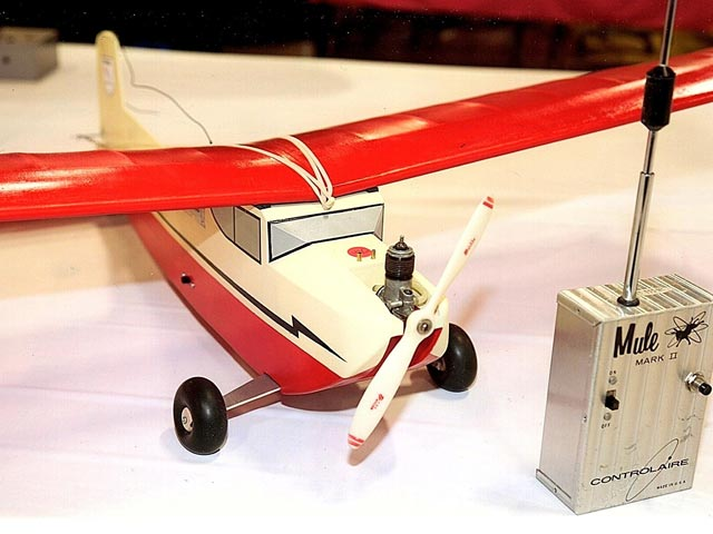 Live Wire Trainer (oz5554) by Hal DeBolt from DMECO 1952