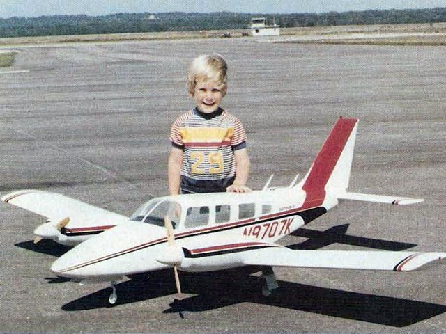 Piper Seneca II (oz5906) by Jerry Bugni from RCMplans 1980