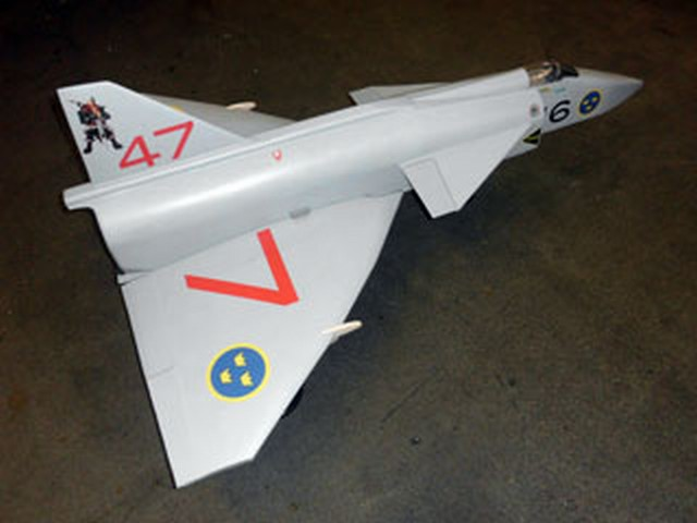 Saab 37 Viggen - completed model photo