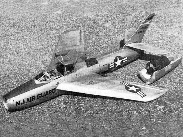 F-84 Thunderstreak - completed model photo