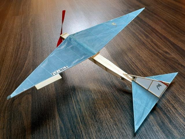 Flyangle (oz6752) by Bill Hannan from American Aircraft Modeler 1970