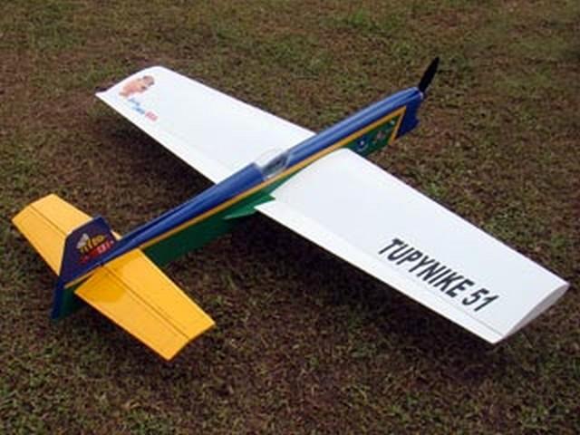 Tupynike II (oz7060) by Sergio A Daeuble 2005