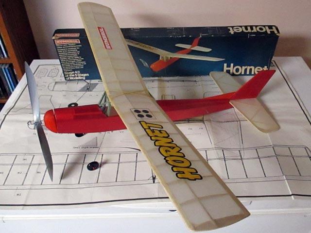 Hornet (oz7137) from Humbrol 1974