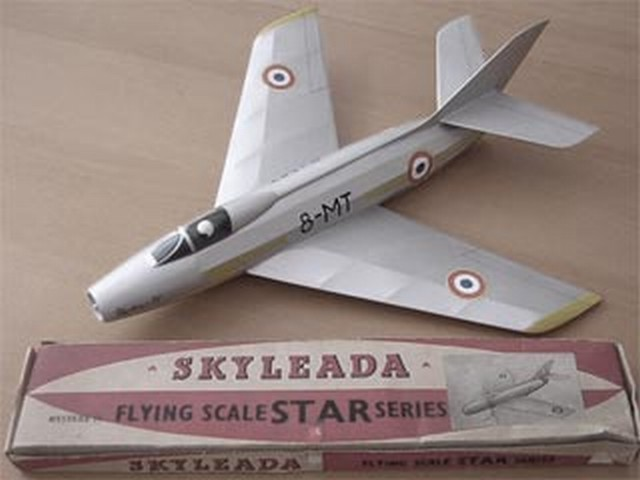 Dassault Mystere 4 - completed model photo