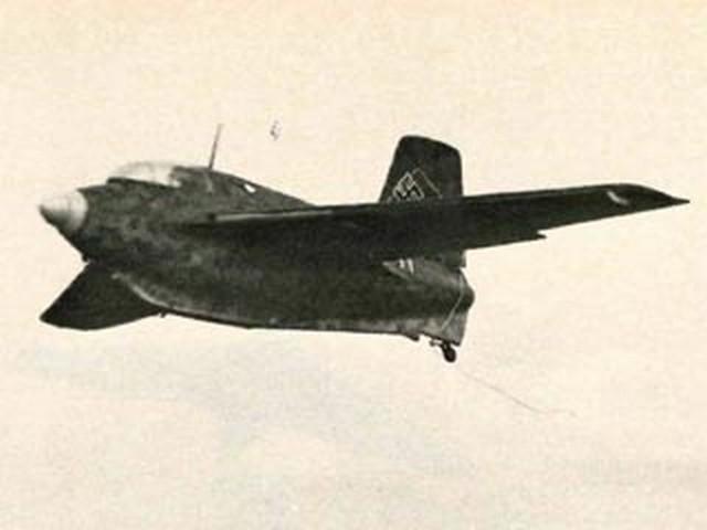 Messerschmitt Me163B 1A (oz7303) by Colin Moss from Model Airplane News 1976