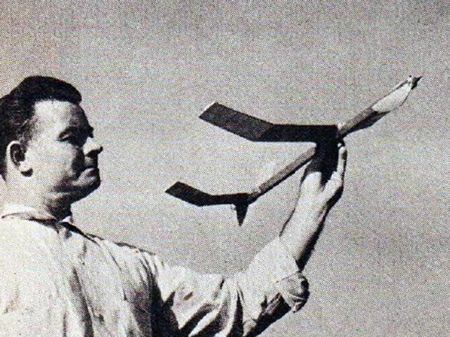 Wakefield Trainer (oz7463) by George Perryman from Model Airplane News 1962
