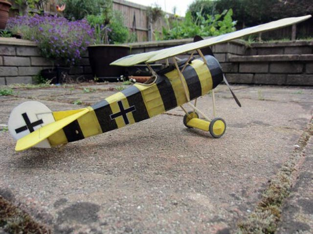 Fokker D8 (oz764) by Phil Smith from Veron 1963