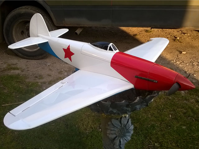 Yak-1 - completed model photo