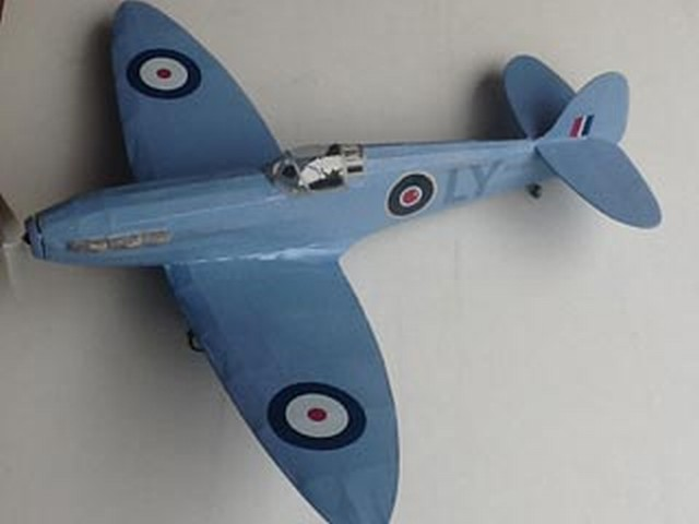 Spitfire (oz777) by Phil Smith from Veron