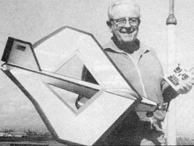 Roamin Rhombus (oz7996) by Ken Willard from RCMplans 1982