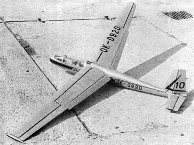 Blanik L-13 (oz8242) by Jaroslav Fara from Modelar