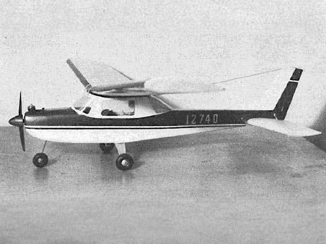 Cessna 150 - completed model photo