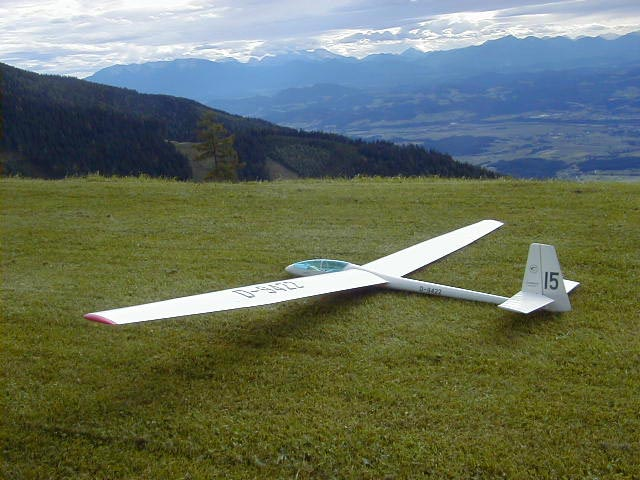 Cirrus - completed model photo