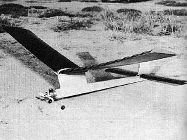 Starbuster (oz9765) by Sal Taibi from Model Airplane News 1962